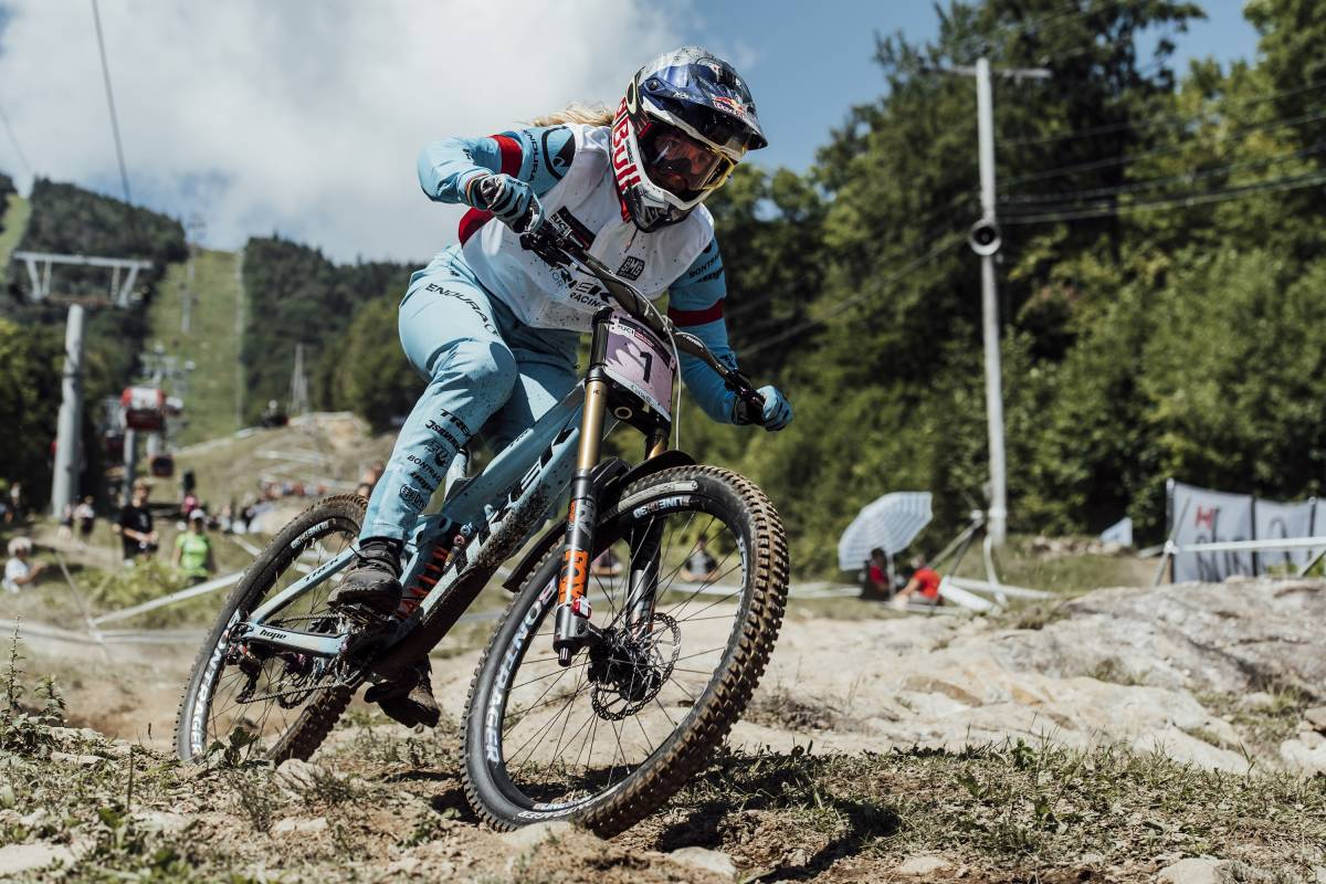 84f58f4d038 Atherton takes historic sixth World Cup title after victory at La Bresse