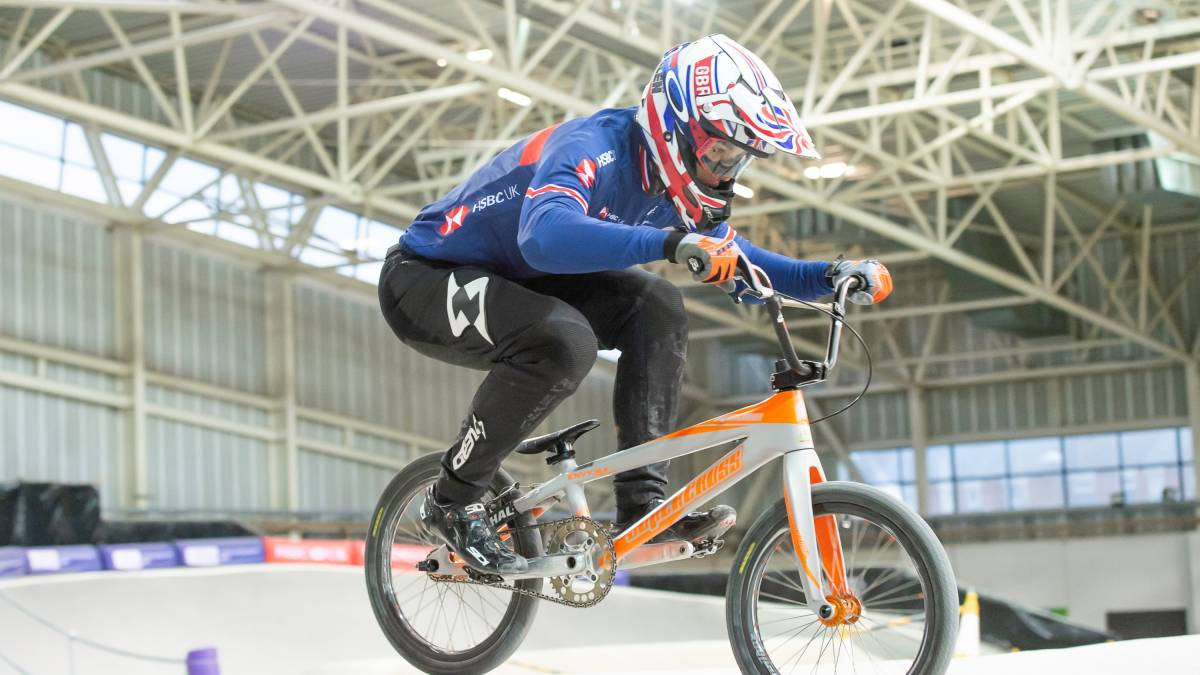 Cullen storms to European title as Martin and Featherstone celebrate BMX podiums