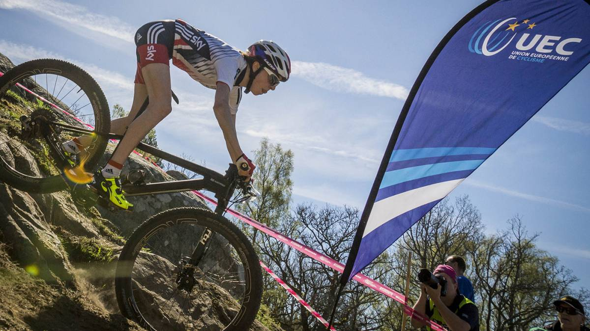 Wright crowned junior women s European mountain bike champion 004a3d834
