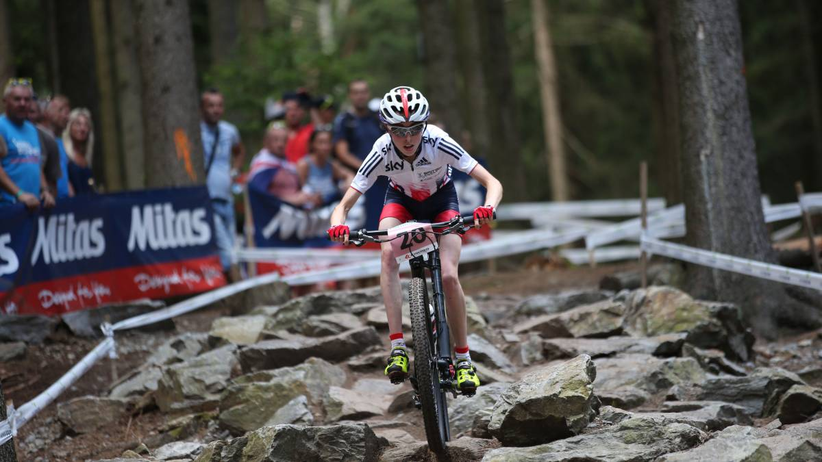 Sophie Wright takes fourth in junior women s race at UCI Mountain Bike  World Championships 276d739a1