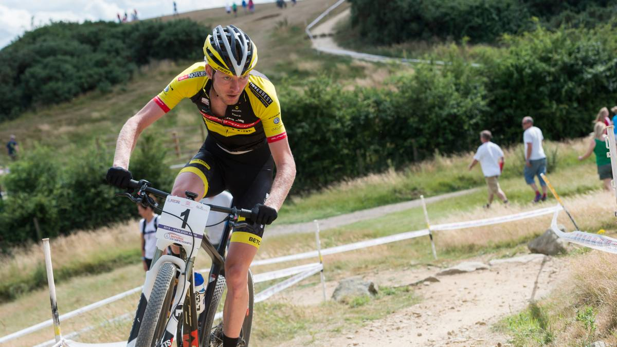 Ferguson and Last win British Cycling National Mountain Bike Cross-Country Championship  titles at Hadleigh Park 4f21b02d1