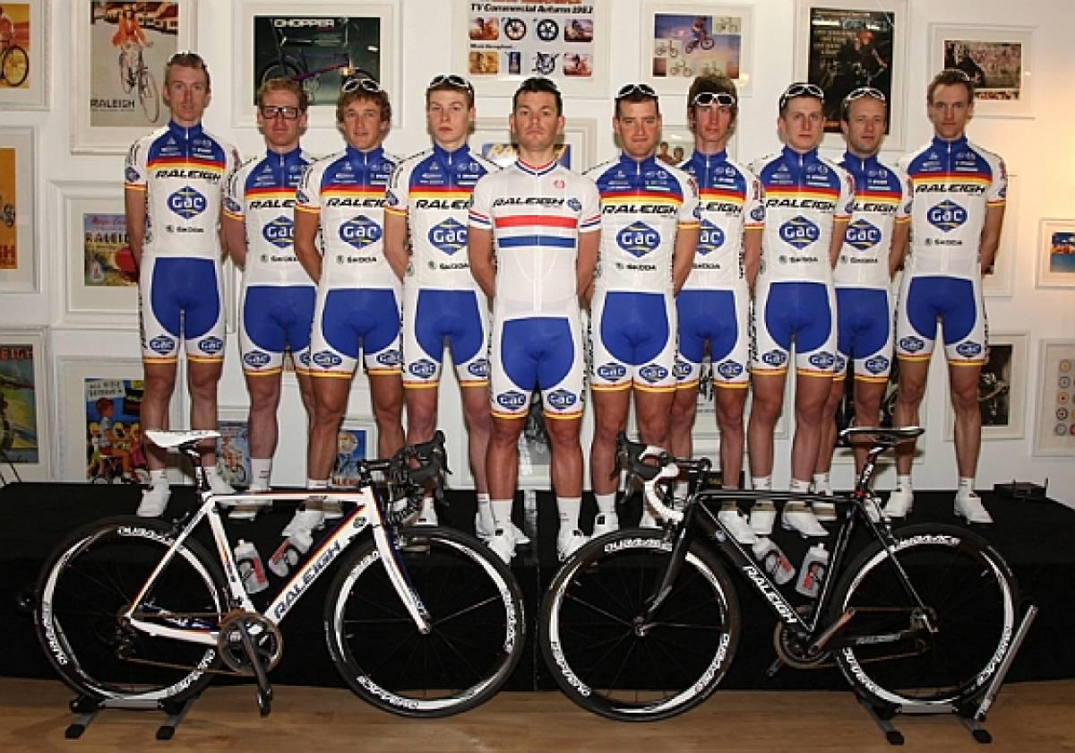 Team Raleigh unveils twelve-man 2012 squad and new sponsor c11f58e29