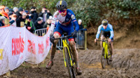 Field and Pidcock battle through tough conditions in Cyclo-Cross World Championships