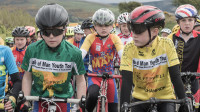 Peatfield and Oxley-Szilagy sprint to Stage 2 wins at Sleepwell Hotels Isle of Man Youth Tour