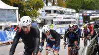 Geoghegan Hart and Swift battle hard in a punishing men's road race