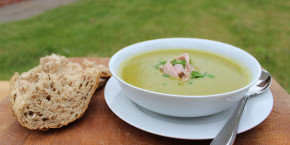 Pea and ham soup: winter warmer