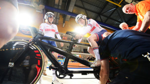 Fachie and Hall add to medal tally in Apeldoorn