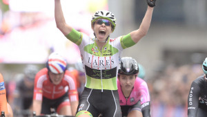 Roe and Lawless crowned champions at British Cycling National Circuit Race Championships