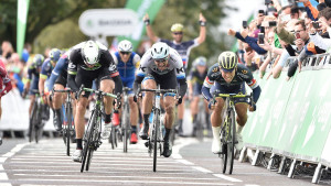 Tour of Britain: Ewan back in green jersey after second stage win