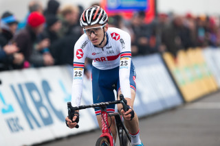 Ben Turner finishing fourth at the UCI CX World Cup in Koksidje.