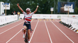 Storey collected a 22nd world cycling title in the road race