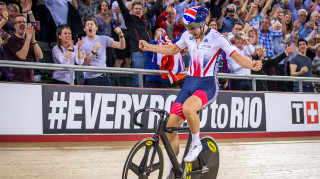 Jon Dibben becomes points race world champion at the 2016 UCI Track Cycling World Championships