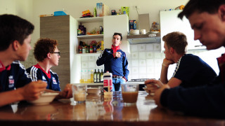 David Millar joins the academy riders for breakfast