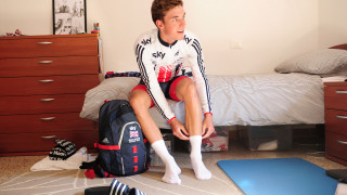 Ollie Wood gets ready to ride to the velodrome in Montichiari
