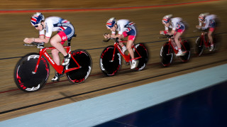 women's pursuit practice