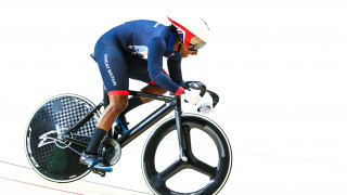 Kadeena Cox competes for Great Britain in the 500m time trial at the Rio Paralympics