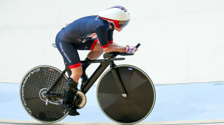 Megan Giglia competes for Great Britain in the individual pursuit at the Rio Paralympics