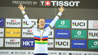 Elinor Barker on the podium after winning the points race world title