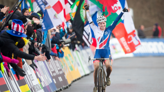 Evie Richards wins bronze in the under-23 women's race at the UCI Cyclo-cross World Championships