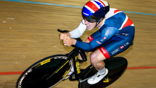 Rhys Britton gives it his all in the junior men's individual pursuit bronze medal final