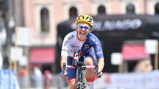 Great Britain Cycling Team's Katie Toft wins her second world title in Maniago - and her third rainbow jersey of 2018.