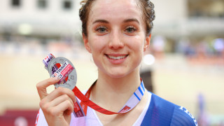 Elinor Barker wins silver in the women's omnium in Minsk