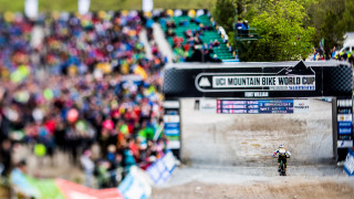 Rachel Atherton wins mental battle in UCI Mountain Bike World Cup Downhill Series
