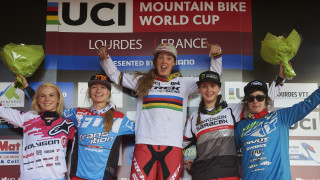 Rachel Atherton (Trek Factory Racing) took the victory at Lourdes, with fellow Brits Tahnee Seagrave (Transition Factory Racing DH) and Manon Carpenter (Madison Saracen Factory Team) finishing in second and third place respectively.