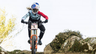 Rachel Atherton in action in the early rounds of the 2017 UCI Mountain Bike World Cup