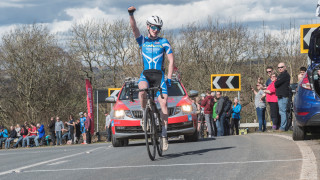 Hughes snatches British Cycling Junior Men's Road Series opener