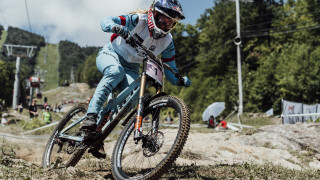 Atherton takes historic sixth World Cup title after victory at La Bresse