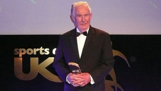 News: Cycling Coach Wins National Award