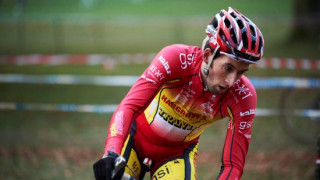 Cyclo-Cross champion gives tips to Go-Ride cyclists at a Rider Development Session