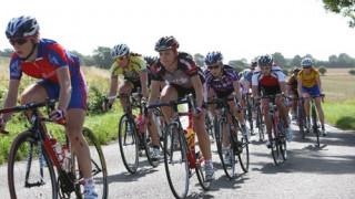 Trott Wins Title and Essex Giro