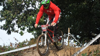 Report and Video of the Welsh MTB DH Championships 2011 by Richard Acott