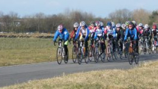 Bumper weekend of road and track racing for youth cyclists