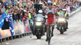 Geraint Thomas wins gold in the Commonwealth Men's Road Race