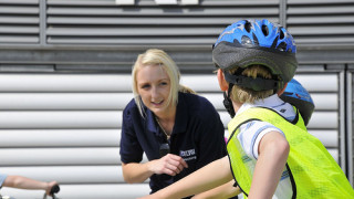 Support cycling by volunteering