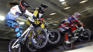 2016 British BMX Series makes thrilling start in Manchester
