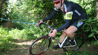 Cyclo-cross: Legg speeds to win in Western League