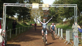 Wardell wins Scottish Cyclo-Cross League opener at Callander Park
