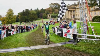 Cross: Oldham surges to victory at Alexandra Palace
