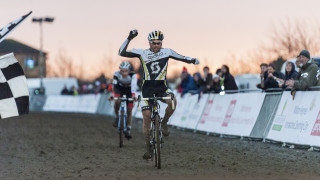 Marcel Wildhaber and Katie Compton win at National Trophy Series