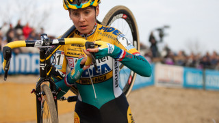 Britain's Harris fifth at Koksijde UCI Cyclo-cross World Cup