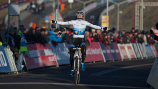 Pidcock and Turner perform a British one-two at Telenet UCI Cyclo-cross World Cup in Hoogerheide