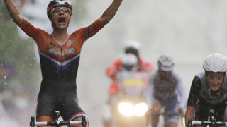 Lizzie Armitstead opens Team GB's account with silver in women's Olympic road race
