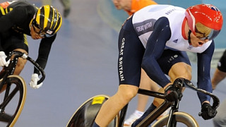 Sir Chris Hoy retires from competitive cycling