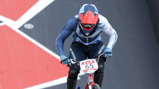 Phillips eases into men's Olympic BMX semi-finals