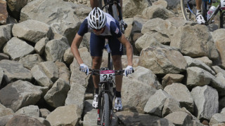 Tragedy for Killeen and triumph for Kulhavy in dramatic Olympic mountain bike race