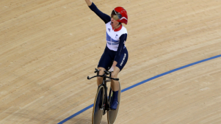 Gold for Storey as the London 2012 Paralympic cycling begins